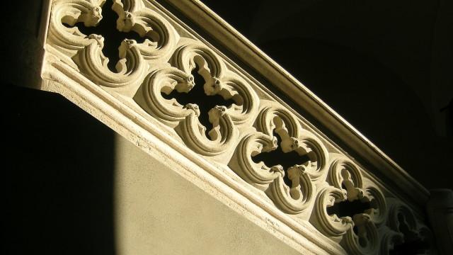 Historical building upgrade, Como