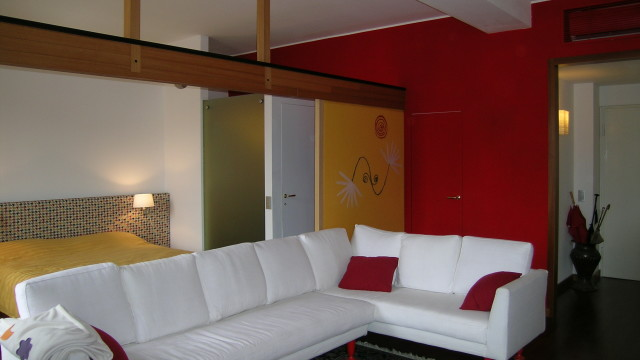 Private apartment and studio, Milano